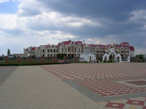 Общий вид Культурно-исторического центра с гостинницей